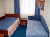 Одноместный номер гостиницы СВ гостинично-ресторанного комплекса СВ