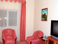 Номер Полу-Люкс гостиницы СВ гостинично-ресторанного комплекса СВ